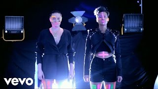 Watch Icona Pop Manners video