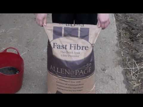 Allen & Page | Opening a feed bag... the easy way!