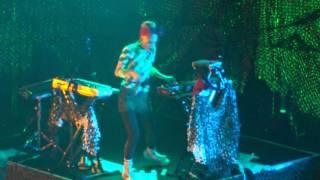 Grimes Kill V  Maim Live in Japan