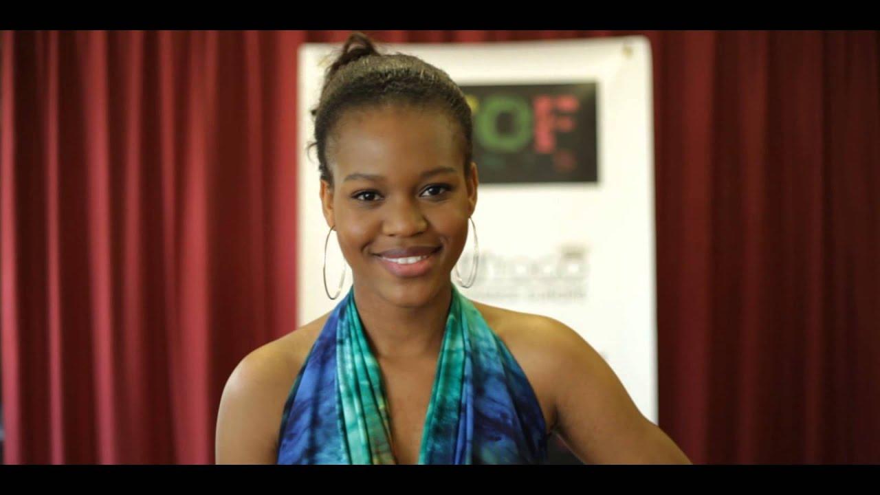 Présentation de VICENTIA Candidate N°5 à l'élection Miss Togo ...