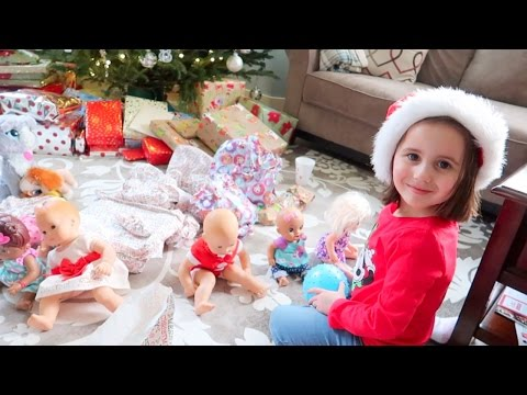 BABY DOLL CHRISTMAS MORNING SPECIAL! WITH BABY ALIVE & BITTY BABY