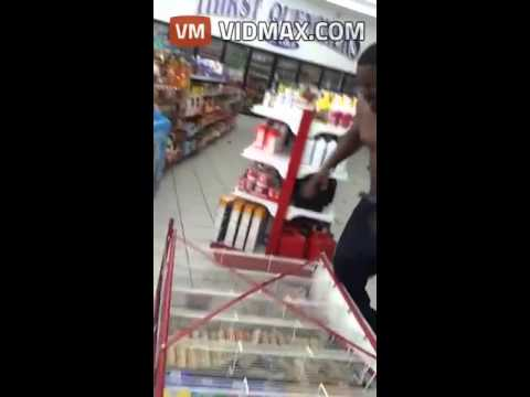 Wild Fight between two black guys Breaks Out In a Convenience Store