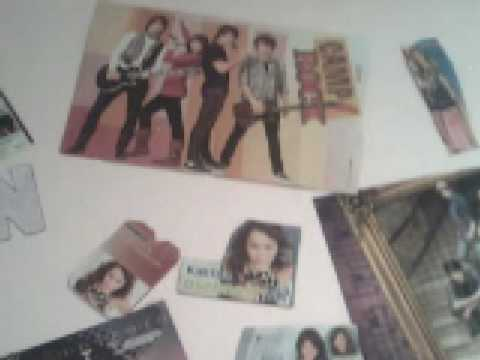 My room [a lot of JB, Miley Cyrus, Selena, Demi...]