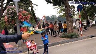 Baby Plays A Giant Ball At Hoan Kiem Lake During Tet 2019   Thổi Bong Bóng Khổng Lồ   HT BabyTV ✔︎