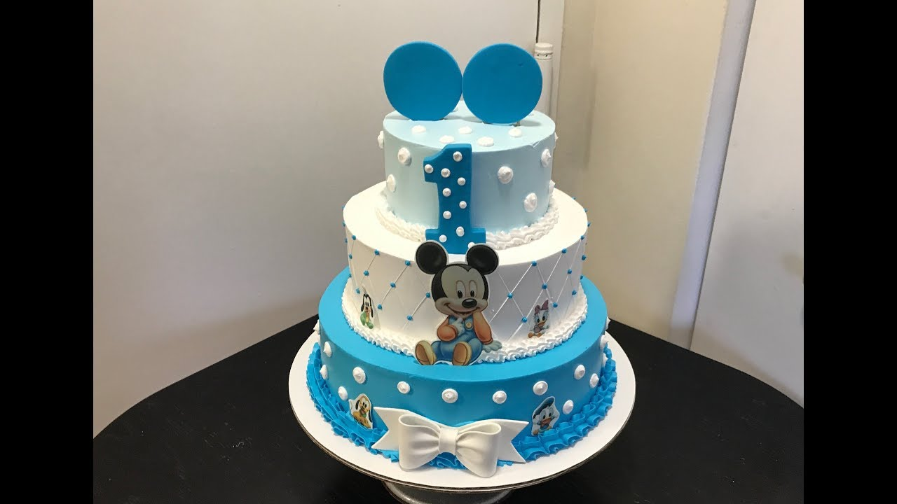 Picture Mickey Mouse Cake