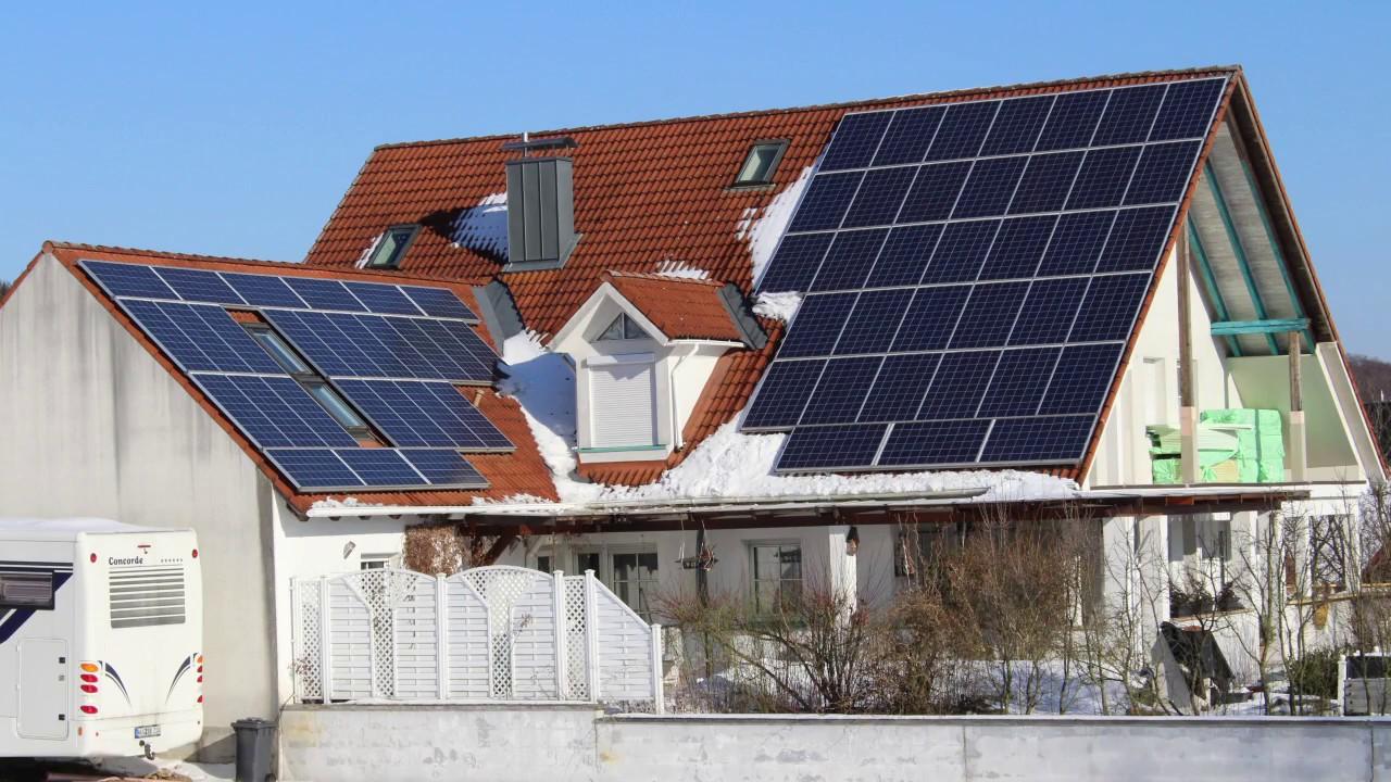 photovoltaik eigenverbrauch mit e heat 50 weniger gasverbrauch eigenstromverg tung youtube. Black Bedroom Furniture Sets. Home Design Ideas