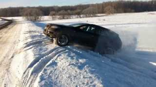 Audi Q7 диагонольное вывешивание зимой(Audi Q7 3.0 TDI 2014 модельного года резина: Pirelli Scorpion ice&snow 295x35 R21 Температура: -20С Ссылка на это видео: ..., 2014-02-16T12:35:49.000Z)