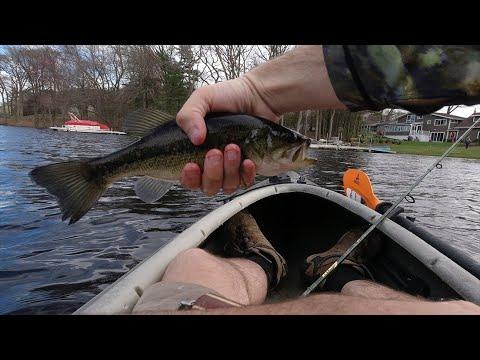 Early Spring Massachusetts Lake Fishing!