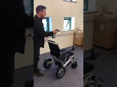 How to charge a LITH-TECH SMART CHAIR X/XL folding electric wheelchair