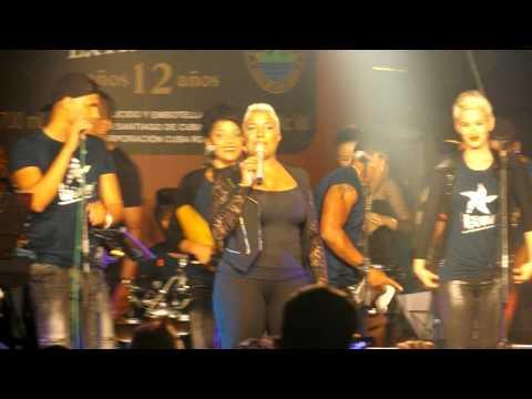 Hayla en Caimanera con finalistas de Sonando en Cuba
