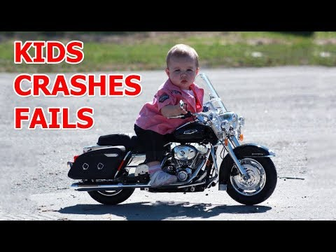 Kids fails on motorcycles 2017