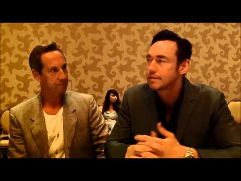 The Strain Q&A with stars Jonathan Hyde & Kevin Durand SDCC 2014
