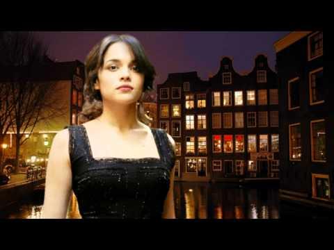 NORAH JONESHumble me( Live in Amsterdam )