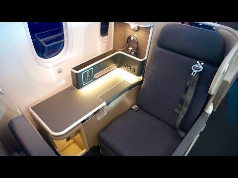 Qantas 787-9 Dreamliner Business Class Review - Inaugural Flight - Melbourne to Los Angeles (QF95)