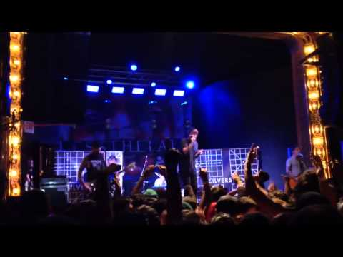 Silverstein- My Heroine (Hollow Bodies Tour 2014 Live El Paso)