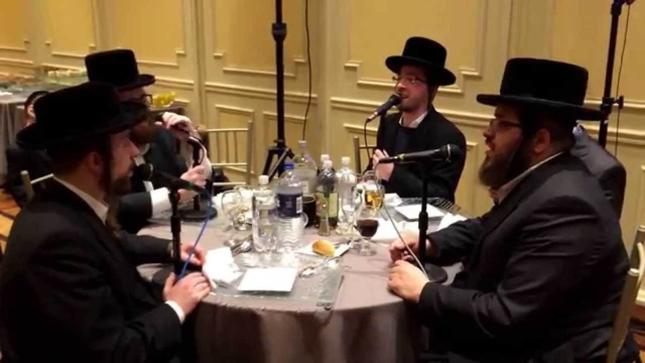 Rebbe Rebbe: The Shira choir edition