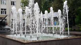 Фонтан возле Префектуры СЗАО Amazing fountain(Все видео канала Путешествуем с детьми: https://www.youtube.com/c/Travelskid Спасибо, что смотрите наши видео Ставьте лайки..., 2016-09-11T15:15:05.000Z)