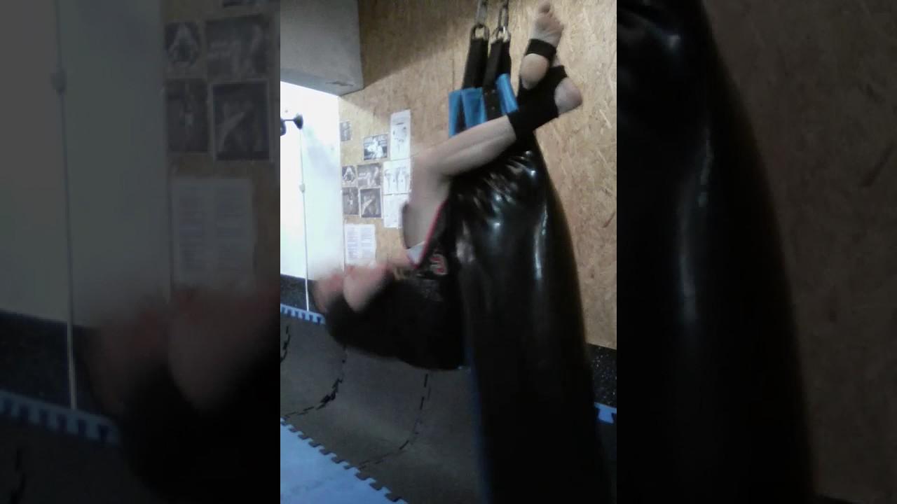 2e541de74 Abdominal no saco de pancada - YouTube