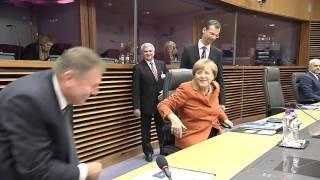 STIRIPESURSE.RO - Klaus Iohanis si Angela Merkel la reuniunea privind fluxurile migratorii