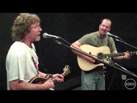 "Sam Bush ""Roll On Buddy, Roll On"" Live at KDHX 7/8/10 (HD)"