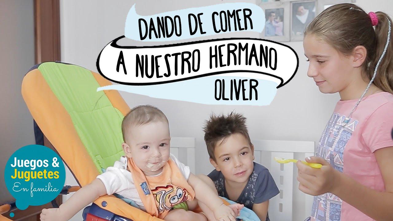 Bebe Come Papilla Juegos Y Juguetes En Familia Youtube