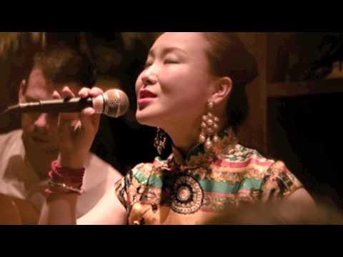 Chinese jazz singer Jasmine Chen 陈胤希 —— Don't Worry 莫愁啊莫愁