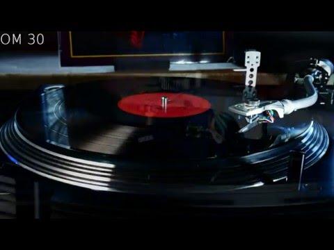 CD Vs. MP3 Vs. LP | Mercedes Benz - Janis Joplin