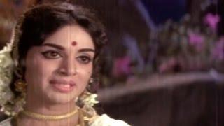 Alluri Seetharama Raju || Krishna Return & Talk to Vijaya Nirmala Love Scene