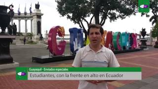 Estudiantes, con la frente en alto en Ecuador
