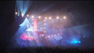 Pendulum - The Vulture (Live at Wembley Arena, 03.12.2010)