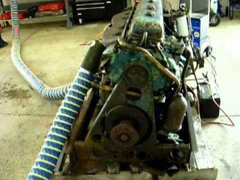 GM Detroit Diesel 6-71 Old Look Bus Engine TDH-4512 Start+Idle (1953?)