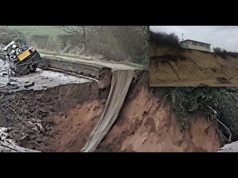 Homes eerily close to edge after HUGE beach erosion - Big sinkhole nearly swallows boat