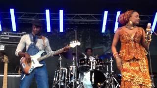 Bela Fleck & Oumou Sangare Performing Lyo Djeli @ Terrassen, Sodra Teatern, July 10th 2012 Stockholm