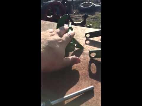 John Deere 336 - 348 Tucker Finger Shaft Inspection video