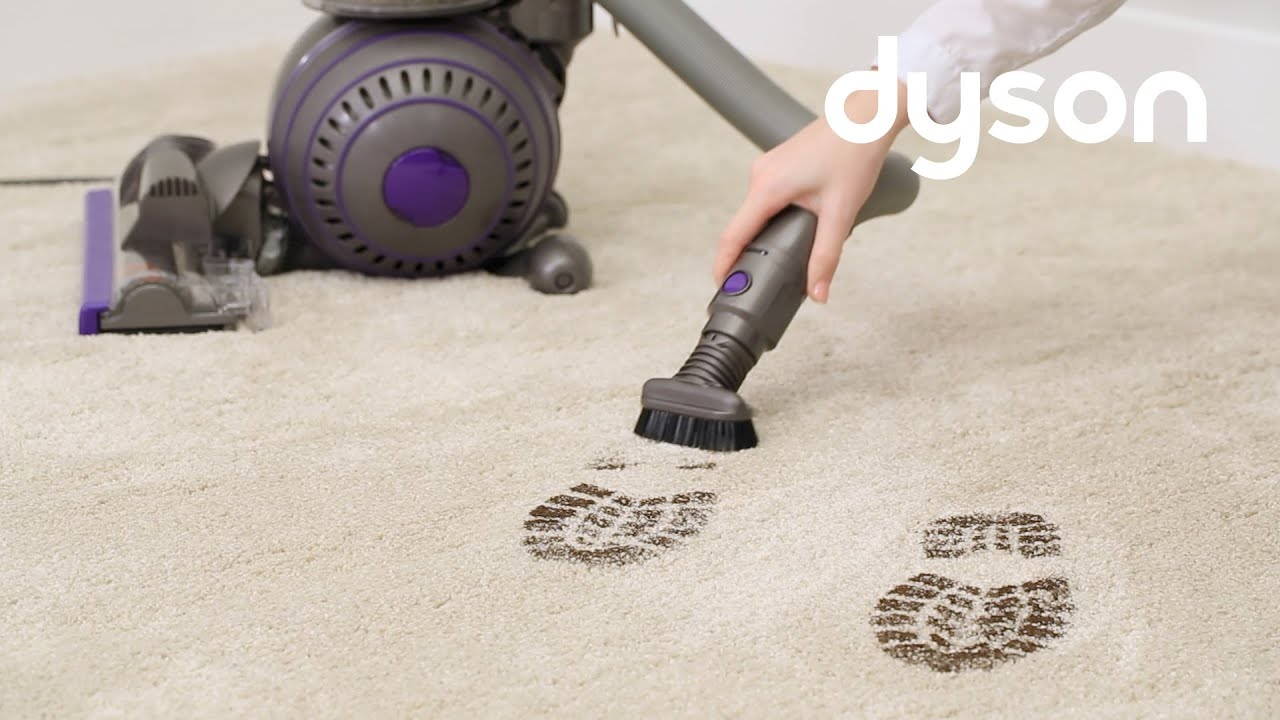 Dyson Ball™ Multi Floor 2 And Dyson Ball™ Animal 2   Using The Tools (US)