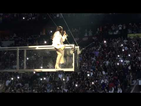 Rihanna - Sex With Me (Anti World Tour at The American Airlines Center in Dallas)
