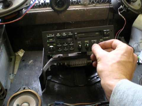 1993 ford factory radio wiring 1987-1993 ford mustang factory radio - youtube 1978 ford factory radio wiring