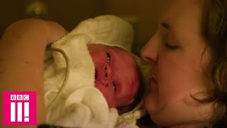 Stacey Had No Idea She Was Pregnant Until Giving Birth In Her Hotel Room | Ambulance