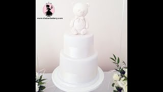 How to Cover A Cake with Fondant For A Beginner