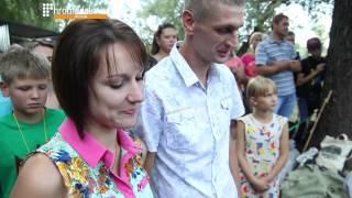"""У Миргороді на фестивалі ковальства """"закували"""" весілля"""