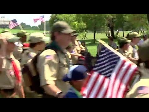 Boy Scouts to admit some girls starting in 2018