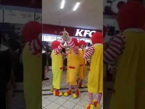 McDonald´s Clowns in KFC