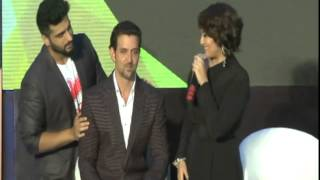 Sonakshi Sinha embarrassing Moment with Hrithik Roshan in IIFA AWARDS
