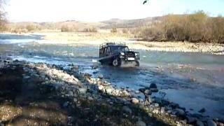 УАЗ на кавказе(ч 2) после охоты (р Кяфар 2010г) 1.MOV