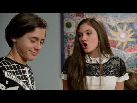 Жизнь Харли - Сезон 2 серия 4 - Харли и школьное фото |Disney Новый Комедийный сериал для всей семьи