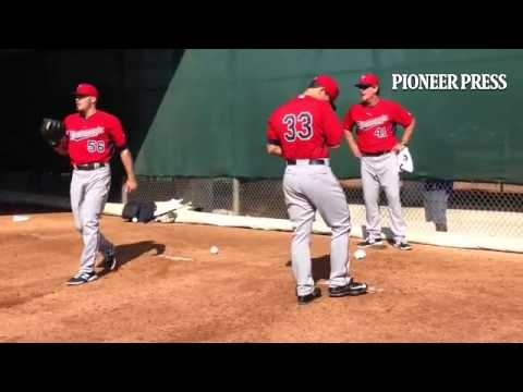 #MNTwins video: LHP Tommy Milone throws in pen. Neck feels great after passing recent checkup.
