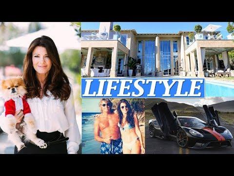 Lisa Vanderpump Lifestyle, Net Worth, Husband, Boyfriends, Age, Biography, Family, Car, Wiki !