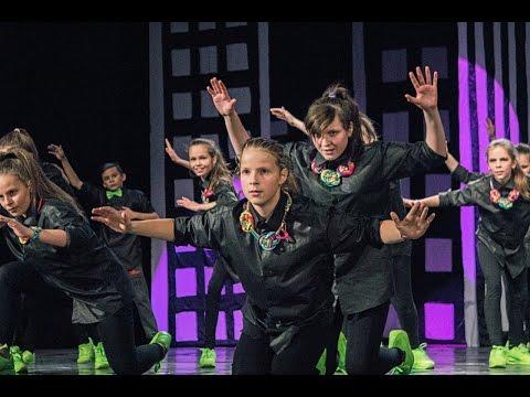 Active Style - SCROOGE MCDUCK - 'Alice' Dance Show