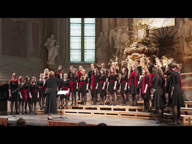 Komorní sbor Abbellimento - Mater cantans filio - Petr Eben