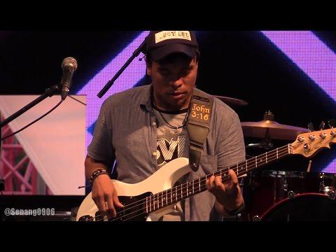 Barry Likumahuwa - Opening ~ Walkin' with The Bass @ Synchronize Fest 2016 [HD]